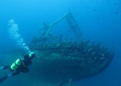 diving-225580_960_720