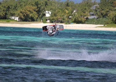 kite-surfing-2393944_960_720
