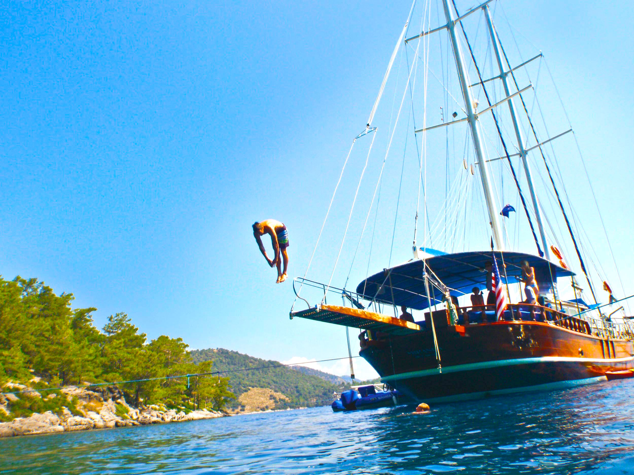 Gulet Sailing – A Laid Back Charter Option